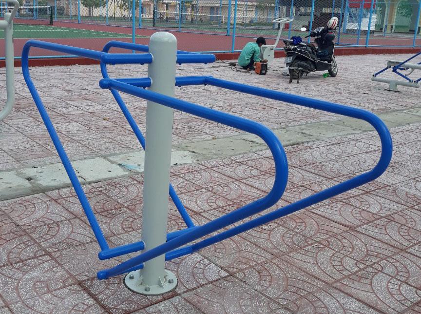 Dụng cụ thể thao sân vườn - Tập cơ phía dưới