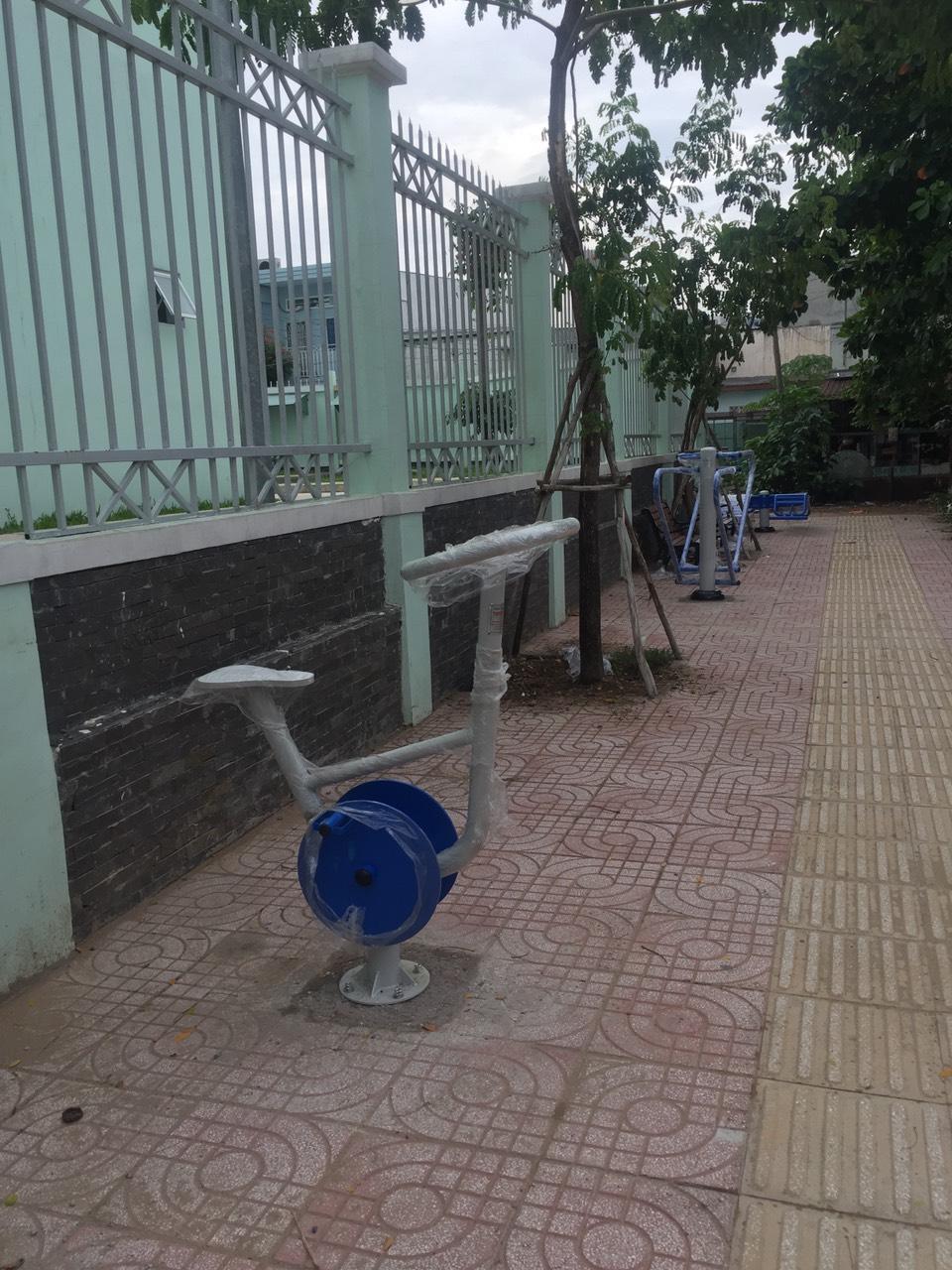 máy tập thể dục đơn giản