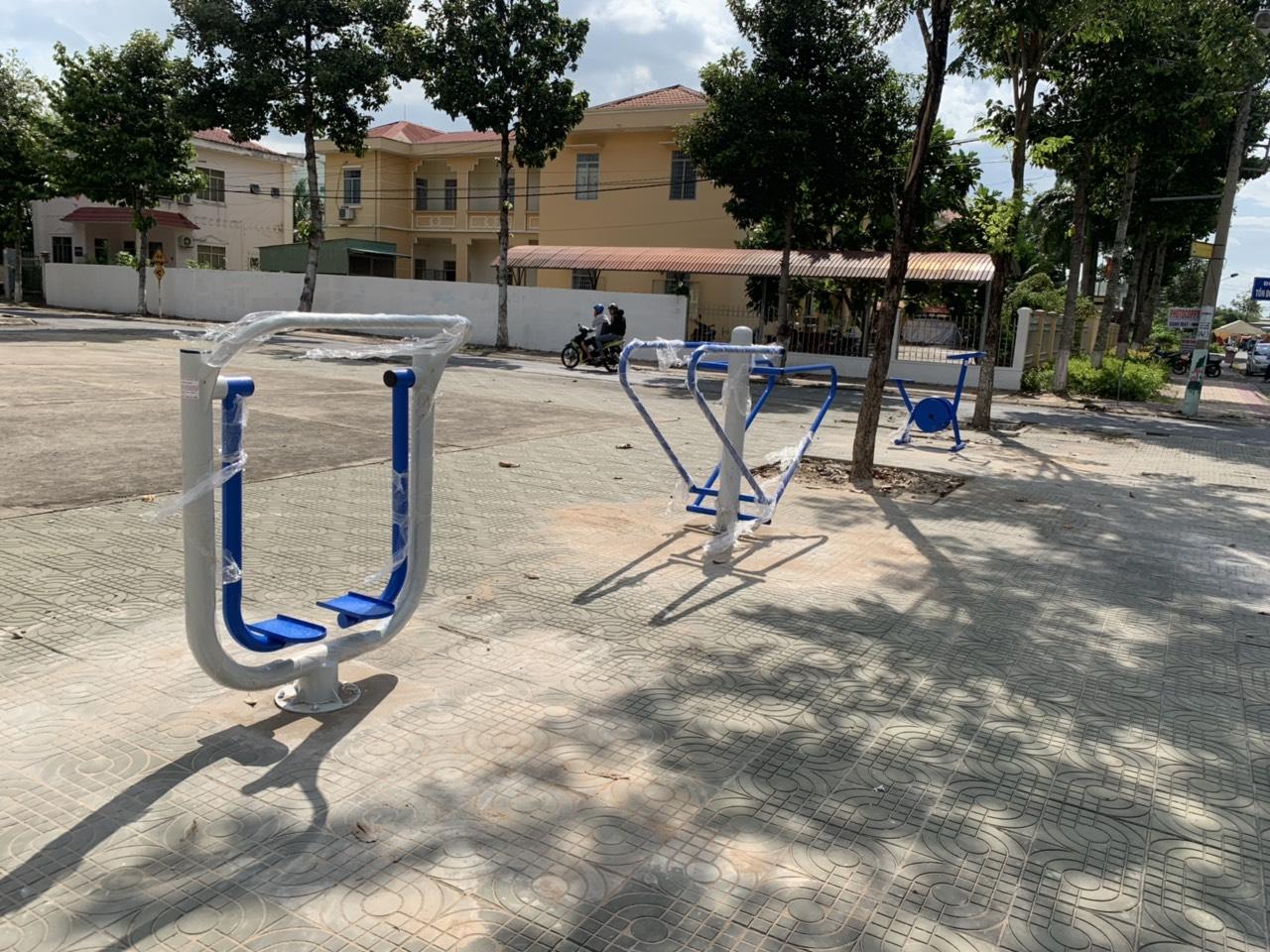 máy tập thể thao công viên